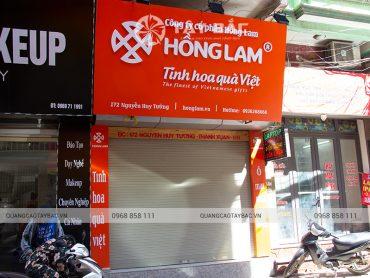Biển quảng cáo quà Việt Hồng Lam