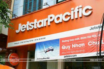 Biển quảng cáo đại lý vé máy bay Jettar